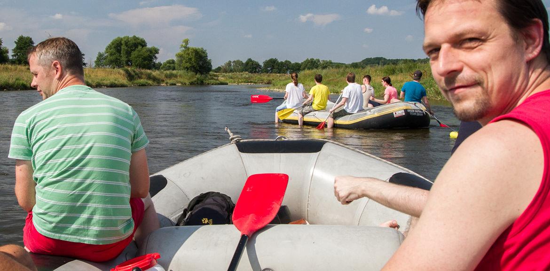 Schlauchboote auf Fluss