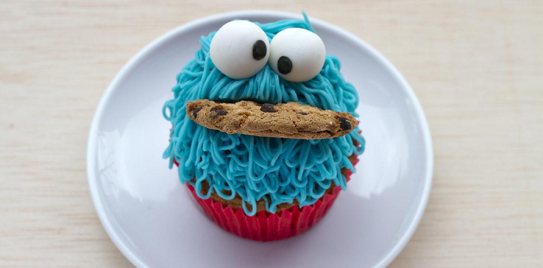Cookie Hinweis, Teller mit Cookie