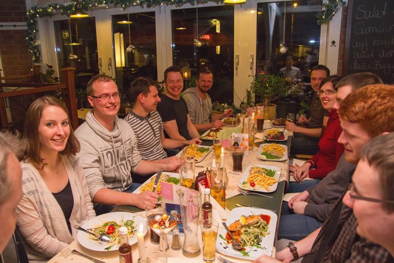 Weichnachtsfeier 2015, clickstorm beim Abendessen
