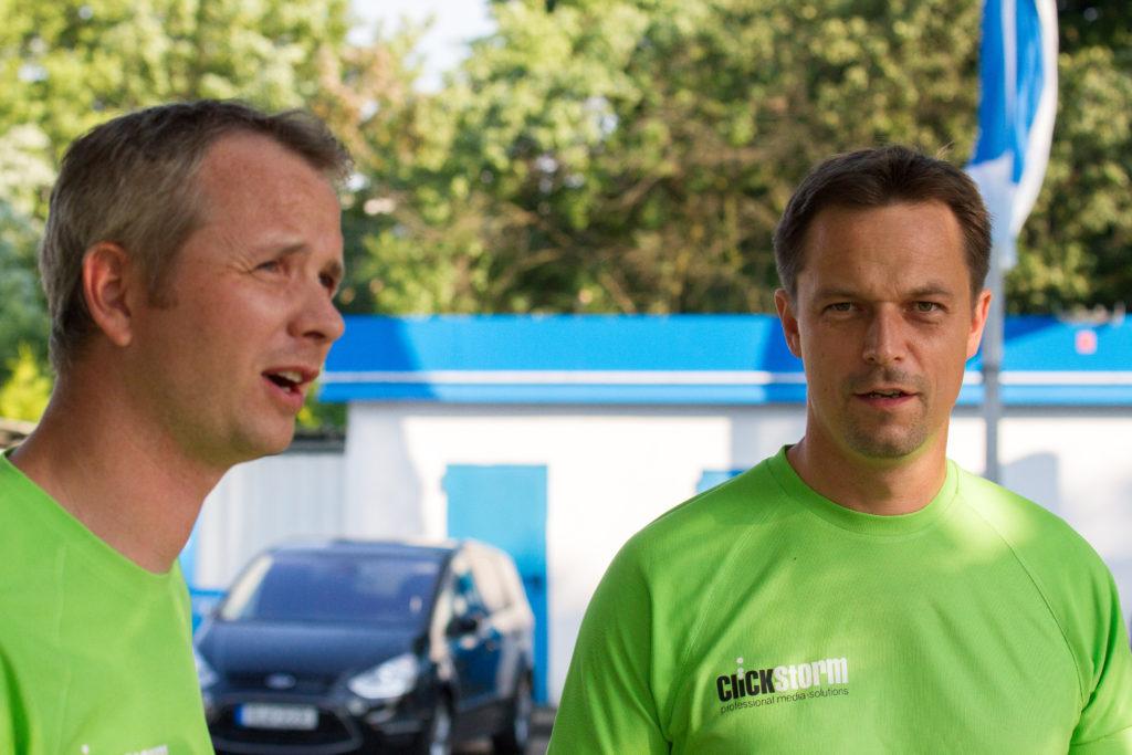 Leipziger Firmenlauf 2016, Ronny und Danny vor dem Start