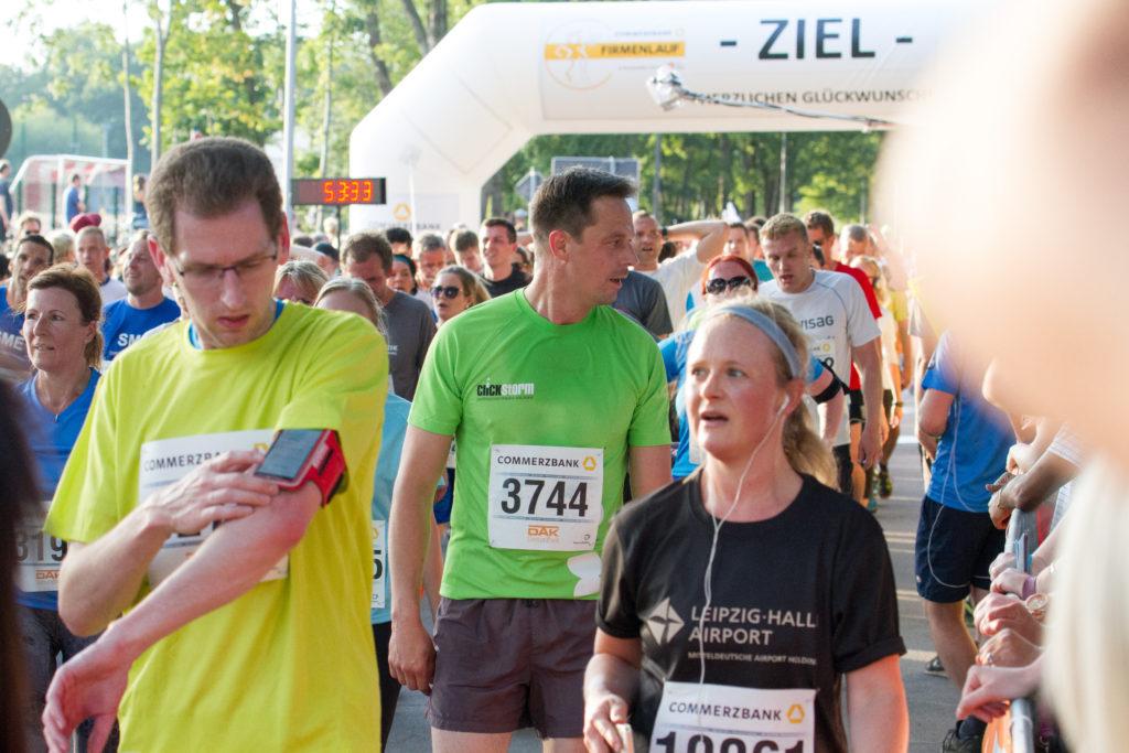 Leipziger Firmenlauf 2016, Ronny im Ziel