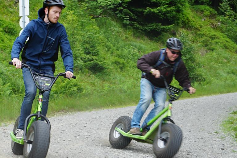 Firmenausflug Oberwiesenthal - Monsterroller, Lennart und Martin