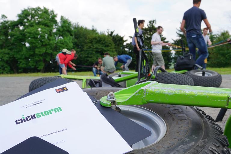 Firmenausflug Oberwiesenthal - Monsterroller, Teamspiel - gleich gehts los