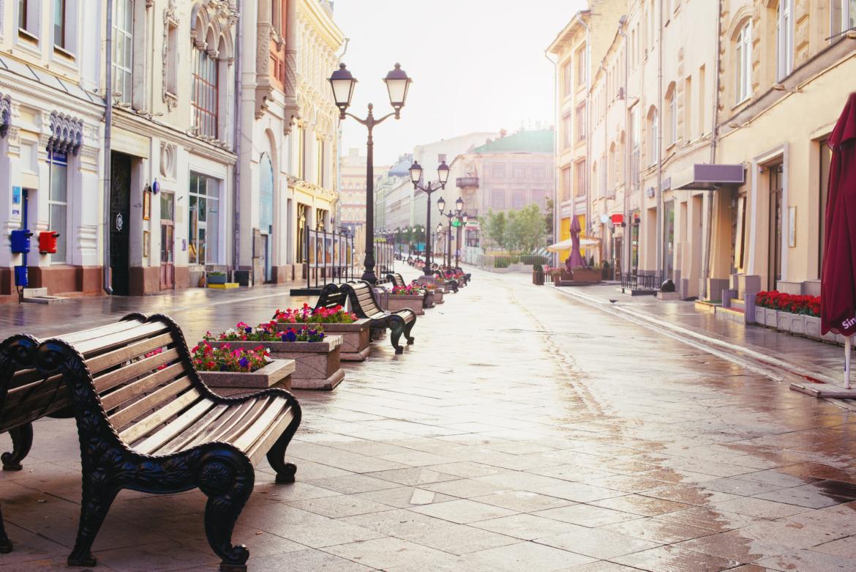 Leere Einkausstraße in Moskau